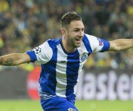 Miguel-Layun-Gol-Porto