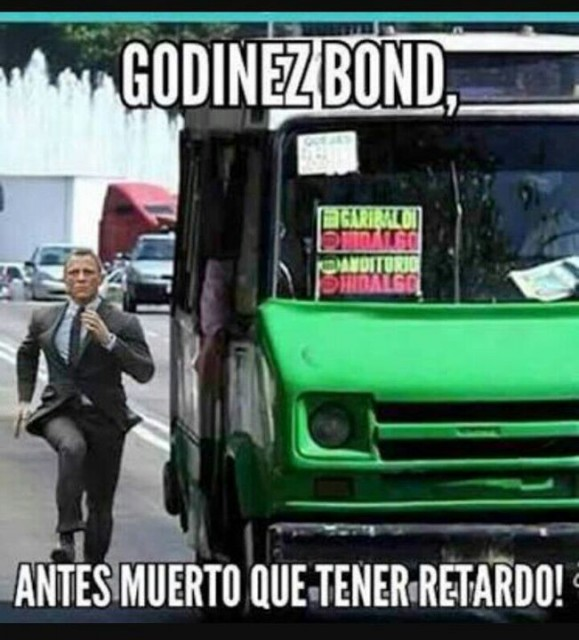 godinez-bond-corriendo-micro