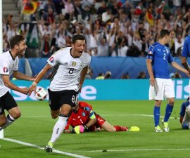 mesut ozil gol alemania italia euro 2016