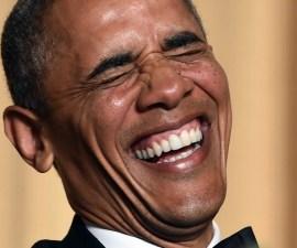 obama-riendo