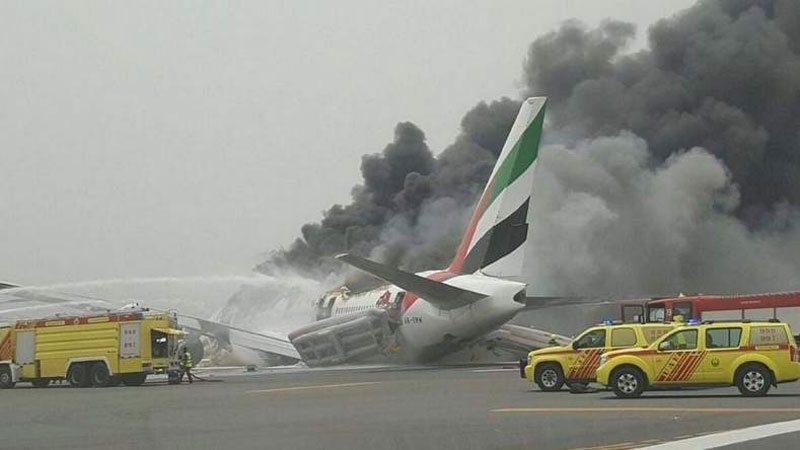 Avion-Emirates-Accidente-Dubai