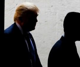 Donald Trump y Enrique Peña Nieto - Sombras.