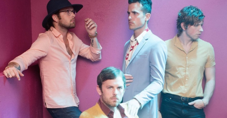 Kings of Leon estrenó de forma oficial 'Waste a Moment'