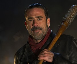 Negan es el protagonista de un nuevo trailer de la séptima temporada de The Walking Dead