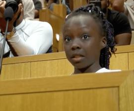 Una niña de nueve años ofreció un emotivo discurso sobre racismo en Charlotte