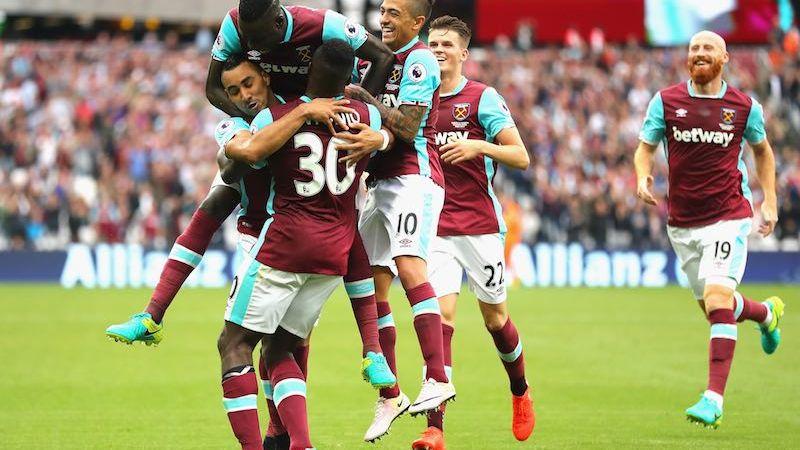 West Ham festajando
