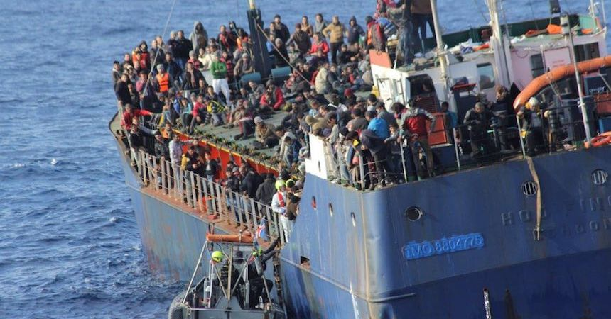60917060.  Bruselas, 17 Sep. 2016 (Notimex-Especial).- La crisis de refugiados que estalló en 2014, y continúa hasta hoy, ha marcado profundamente a la Unión Europea y cambiado las esferas sociales de muchos países, además de exponer problemas latentes en la política migratoria comunitaria. NOTIMEX/FOTO/ESPECIAL/COR/HUM/MIGRACION15