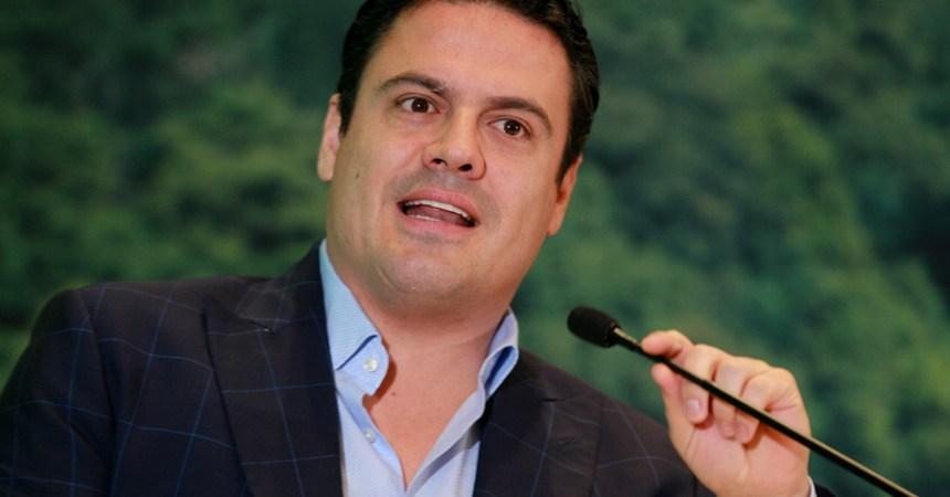 De acuerdo con el Gobernador de Jalisco, Aristóteles Núñez, no se ha hallado expediente criminal del Presidente del Supremo Tribunal de Justicia de Jalisco, Luis Carlos Vega Pámanes