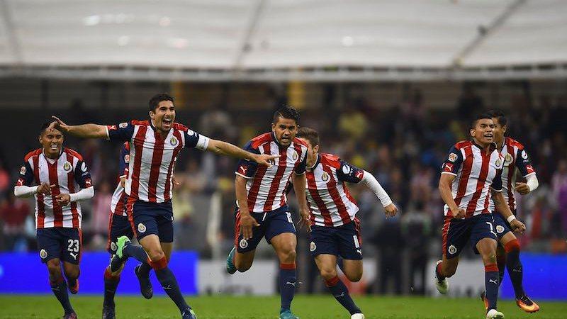 Chivas festeja pase Copa MX