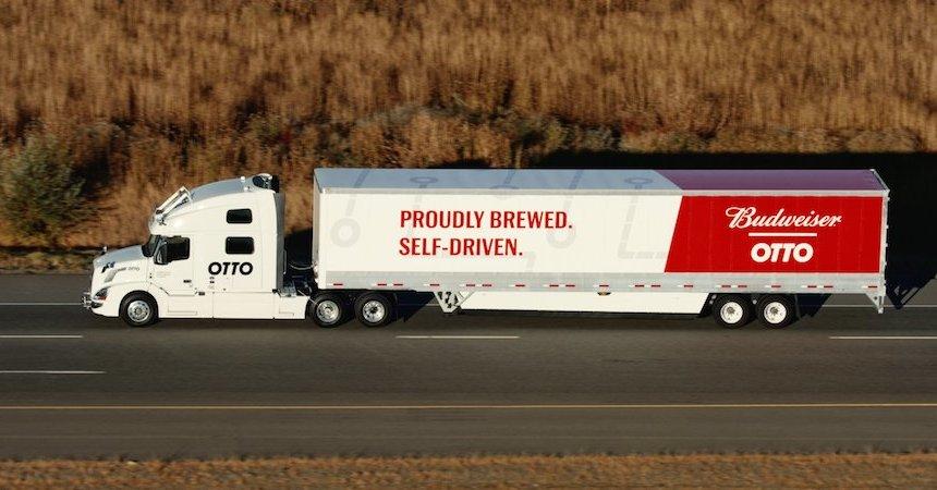 Uber puso a prueba a su primer camión autónomo