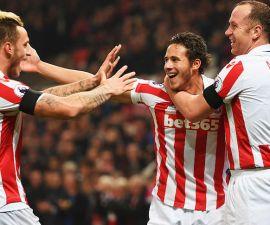 Stoke City no tuvo problemas para vencer al Swansea
