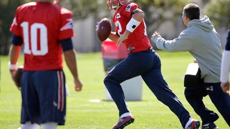 Tom Brady en práctica
