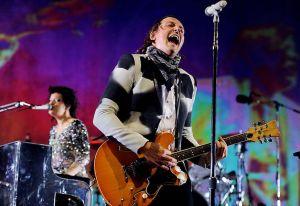 """Miren a Arcade Fire tocar en vivo """"Rebellion (Lies)"""" y """"The Suburbs"""""""