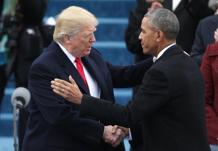 barack-obama-donald-trump-saludo