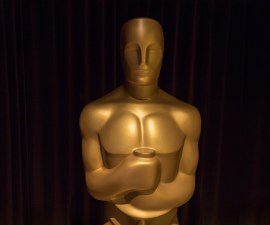 Estatuilla dorada de Oscar