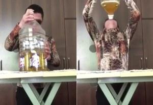 Elegante sujeto muestra cómo tomar seis cervezas al mismo tiempo