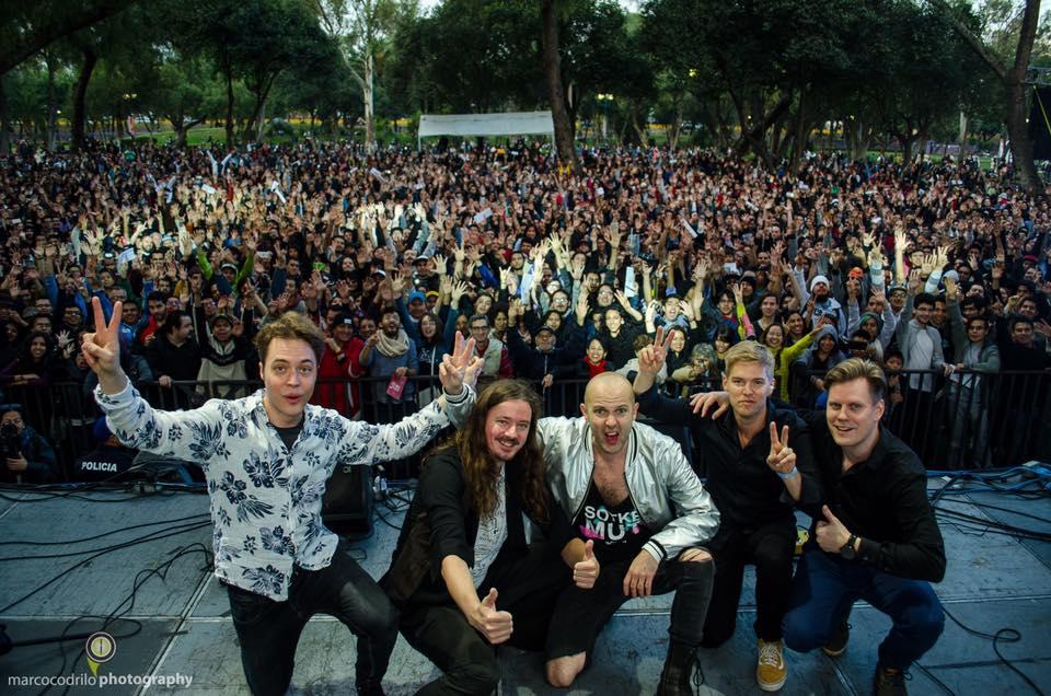 Banda del Eurojazz 2017 con el público de fondo.