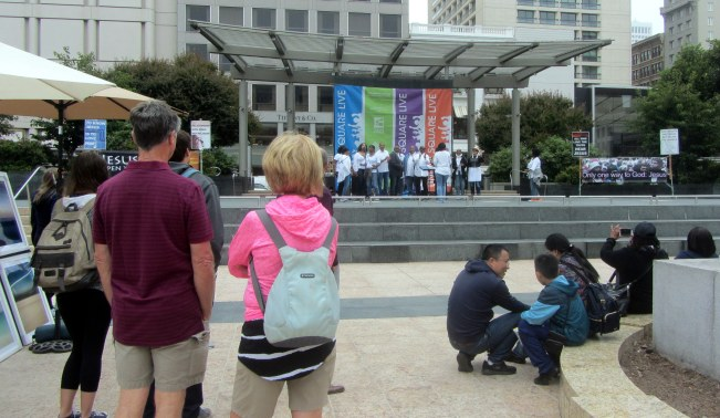 Shiloh Church Choir, Oakland, sings at Union Square