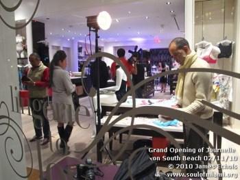 grandopeningjournelle021110-004