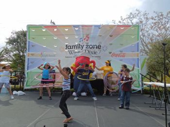 WD-Kids-Zone-Hula-Hooping-on-Stage1