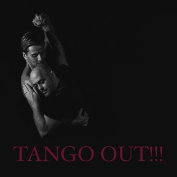 TANGO-OUT-Photo-embrace
