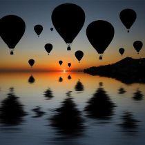 montgolfière coucher de soleil