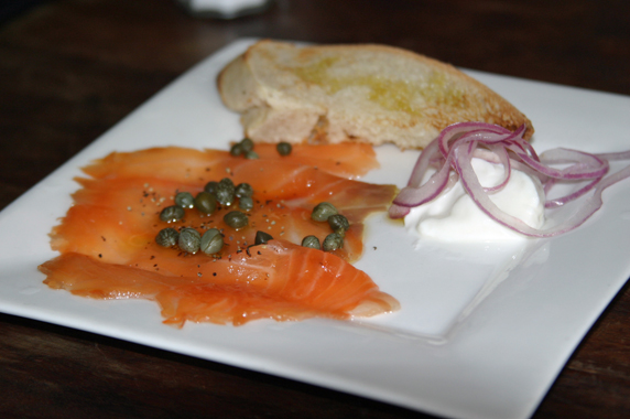 Baguette, smoked salmon, capers and sour cream