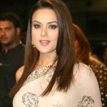Bollywood Gossip (IPL), owned by actress Priety Zinta