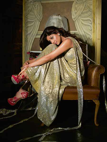 Shilpa Shetty magazine photo 6 Shilpa Shetty Hot Sexy Harper Magazine October Issue Photo Gallery