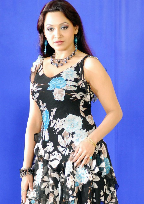 Telugu actress yaamini hot sexy wallpapers stills phots 08 Telugu Actress Yaamini Hot Photo Gallery