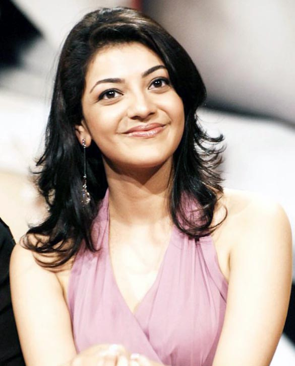 actress kajal agarwal sizzles on ramp stills images photos gallery 1 Actress Kajal Agarwal sizzles on ramp photo gallery   part 1