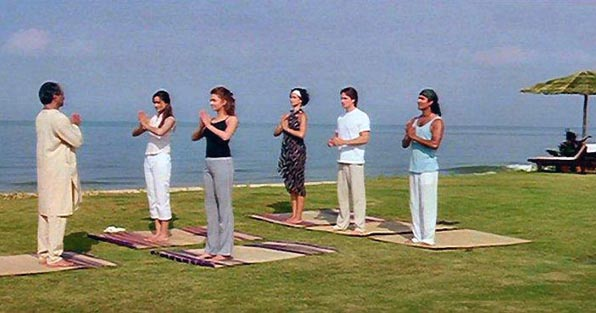 aishwarya rai at yoga club Aishwarya Rai At Yoga Club Unseen Awesome Postures