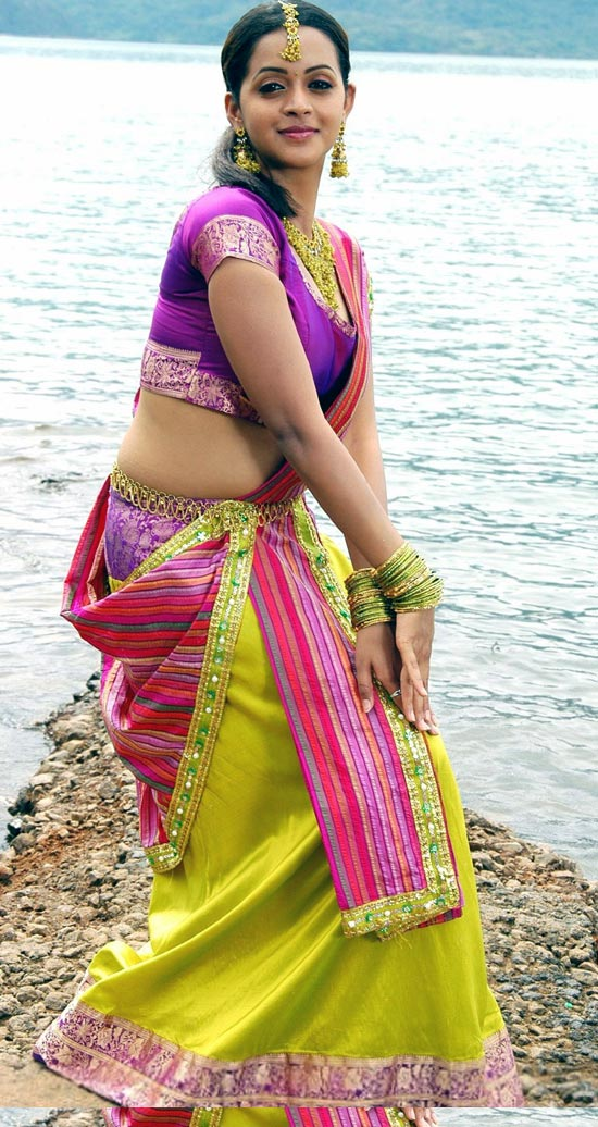 tamil telugu malayalam actress bhavana hot spicy stills 9 Actress Bhavana photo gallery
