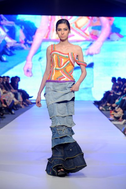 Lahore Fashion week 20 PFDC Fashion Week in Lahore   Photo Gallery