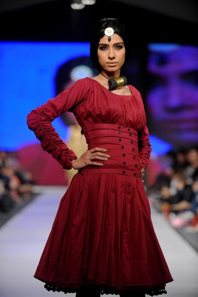 Lahore Fashion week 28 PFDC Fashion Week in Lahore   Photo Gallery