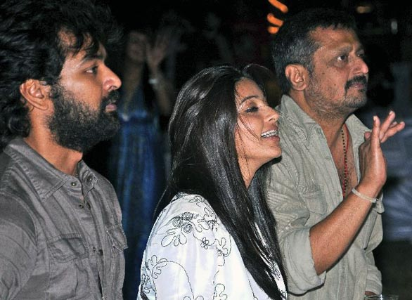 simbhu birthday bash stills 45 Ajith, Shalini & Trisha at Simbu's Birthday Bash
