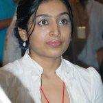 Movies keep me going - Padmapriya