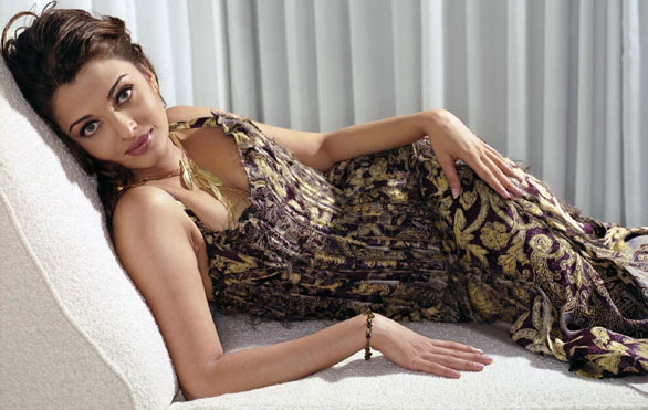 aishwarya rai Top 10 HOT Bollywood Actress
