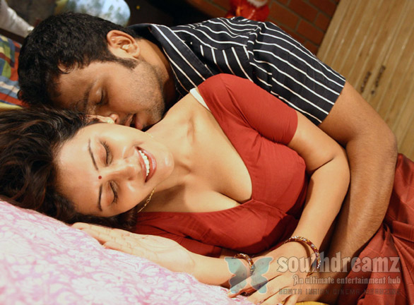 shanthi movie stills4 eXCLUSIVE Shanthi Movie Hot Photo Gallery