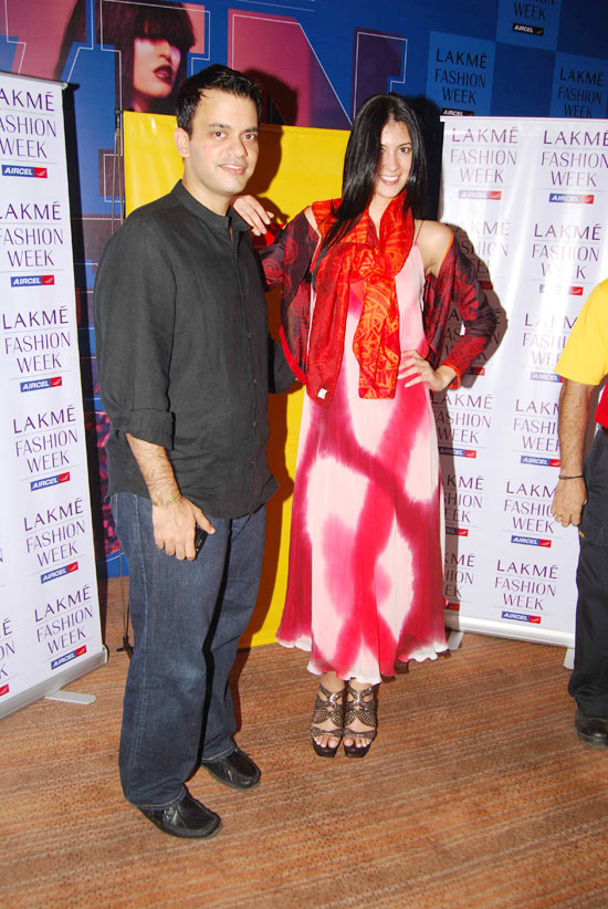 lakme fashion week winter festive 2010 stills 4 Lakme Fashion Week Winter Festive 2010   Preview Gallery
