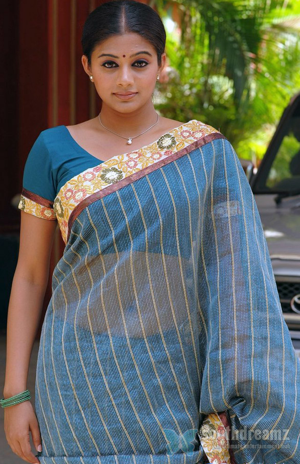 Priyamani in Saree Stills95 Tamil Actresses in Saree
