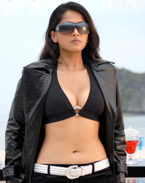 anushka billa2 actress heroine stills Anushka for Billa 2