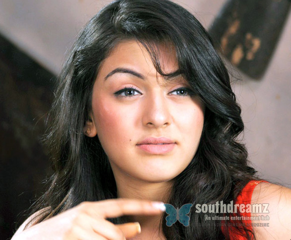 Velayudham Hansika 9 J.Jayalalitha to attend Velayudham music launch?