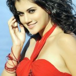 Tapsee 'upset' by reviews