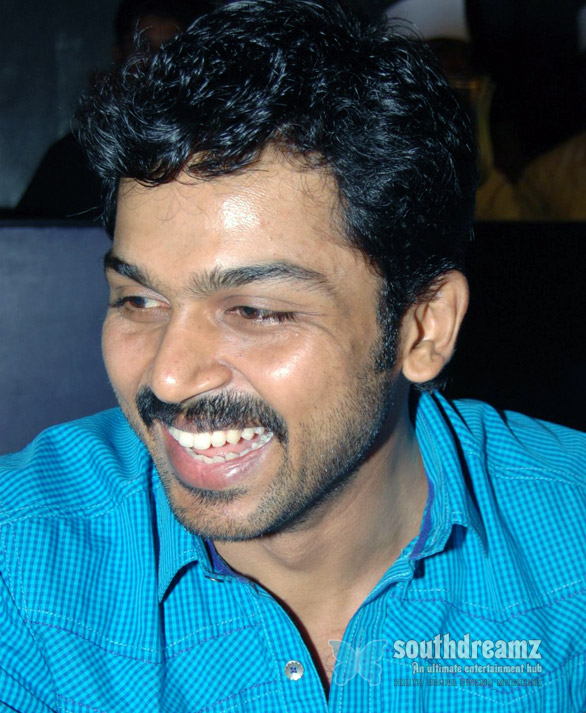 Actor Karthi Photo Gallery 04 Karthi praises Naan Ee director