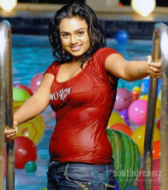 abhinayasree hotstills37 Out of market Abhinaya Sri turns entrepreneur