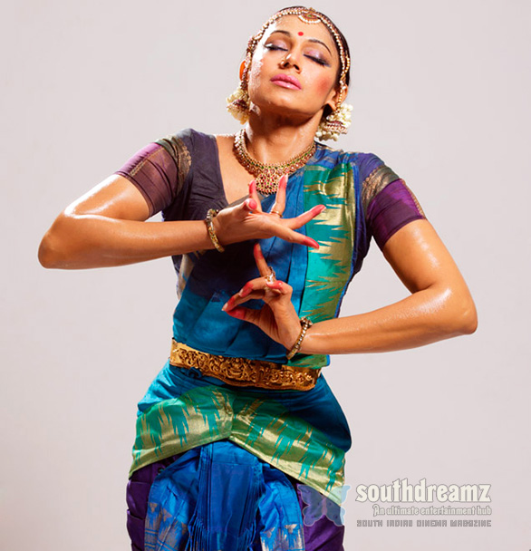 shobana chandrakumar lotus Magic beckons through Shobanas Krishna