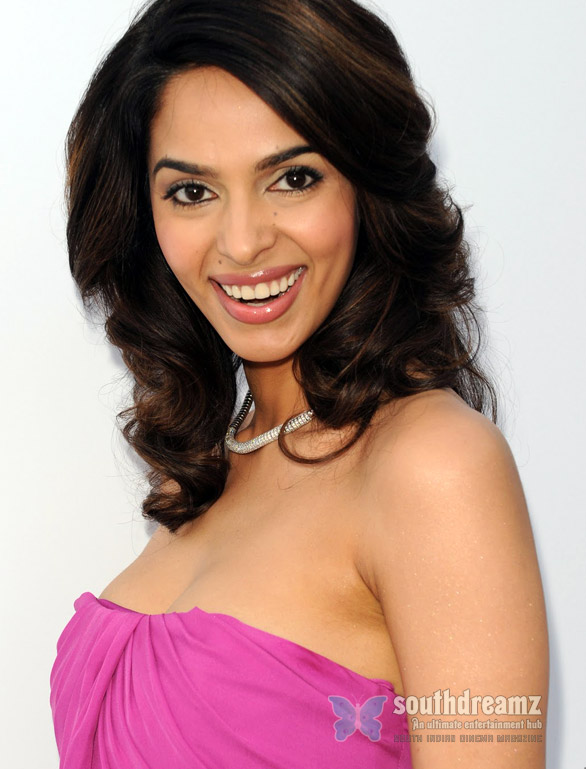 Mallika Sherawat is Munni now Mallika Sherawat   Cannes is special this time