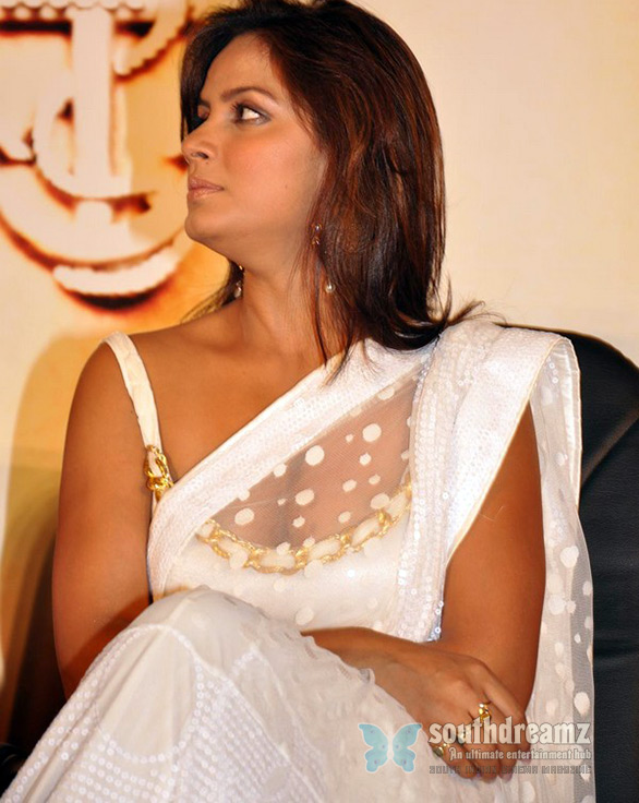 neetu chandra saree 1 Neetu Chandra turns Taekwondo expert