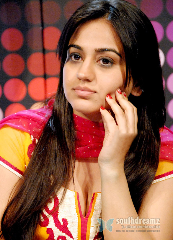 Aksha Hot stills Aksha hot photo shoot